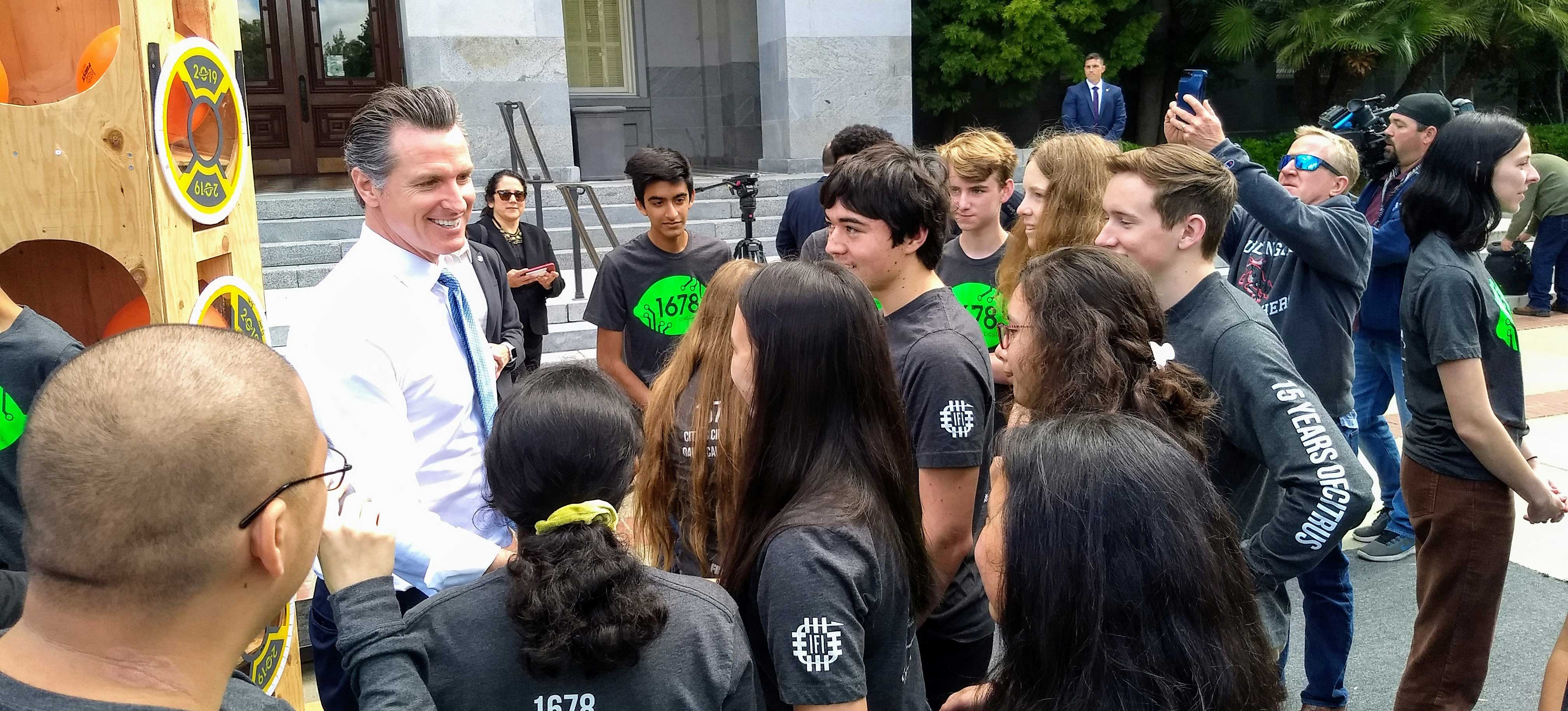 7 California FIRST  teams honored by Governor Gavin Newsom at State Capitol